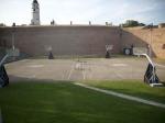 Igrišča za basket v sami trdnjavi (raj za ljubitelje Partizana)